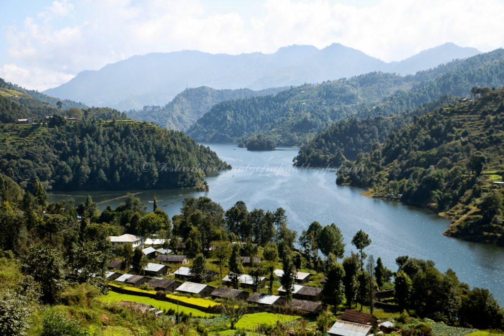 Artificial lake, natural beauty. (Photo http://festivalandbeautyofnepal.blogspot.co.uk